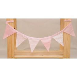 Guirnalda de tela rosa